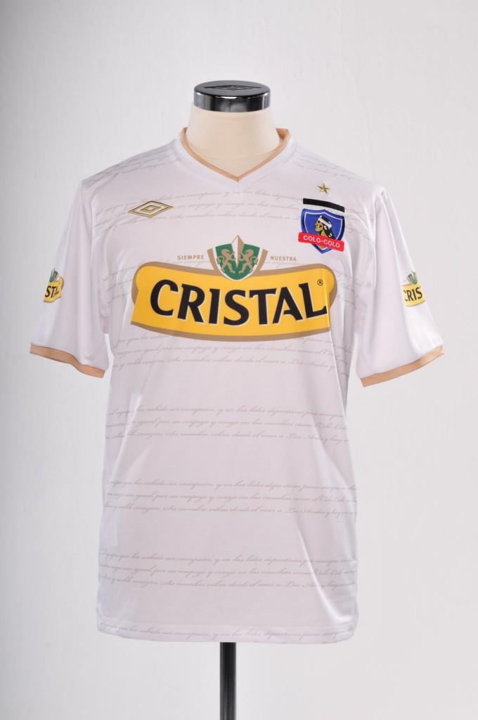 Colo Colo lanza camiseta para la Copa Libertadores 2011  1eaf076462189