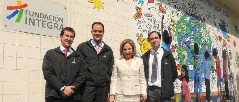 Primera dama recibe un mill n de euros para reconstrucci n for Jardines integra