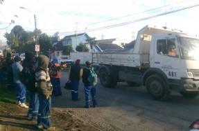 Imagen:Trabajadores movilizados - Pedro Cid