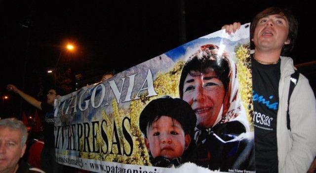 Marcha en Plaza Italia de Santiago | Caco Gaete