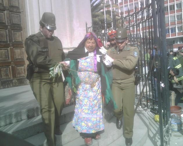 Mujeres detenidas | Andrea González