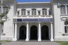 Imagen:Universidad ARCIS