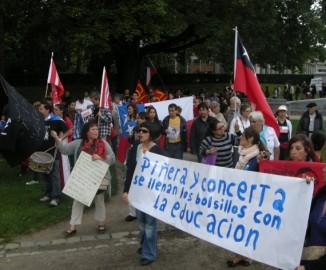 Más de 200 personas asisten a manifestación por estudiantes chilenos en Bruselas