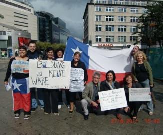 Chilenos desde Frankfurt am Main Alemania apoyando al movimiento estudiantil
