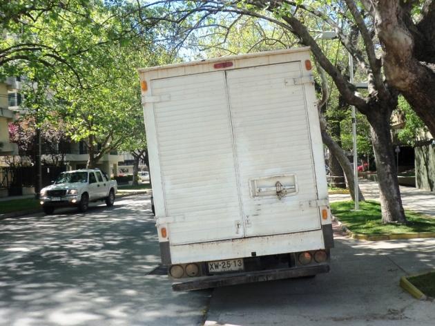 Vehiculo estacionado sobre ciclovía | José Martínez Carvajal
