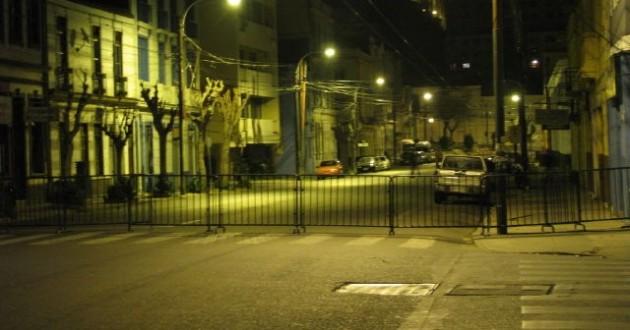 Barreras de Carabineros en Valparaíso | @IASalas