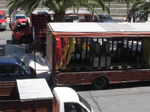Plaza Parroquia usada como terminal de distribución | Paulo Lucchini