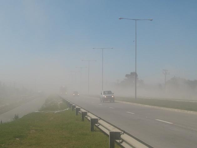 Constantes polvaredas en Costanera de Hualpen | Eliecer Roa