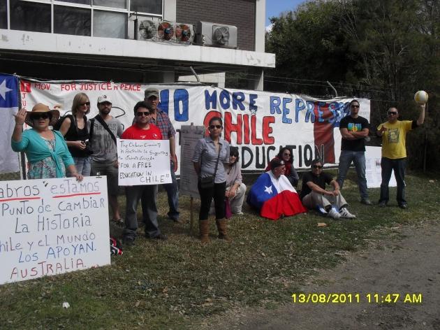 Chilenos apoyan a movimiento estudiantil desde Brisbane en Australia | Marcela Cornejo