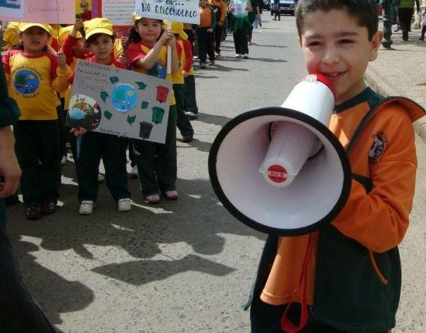 Niños piden cuidar el medioambiente | Luis
