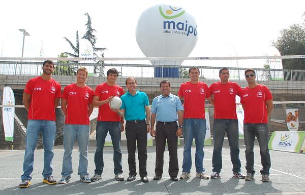 Lanzamiento Preolímpico de Volley Playa en Maipú