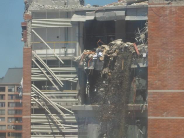 Demolición Torre O'Higgins   Claudia Madariaga