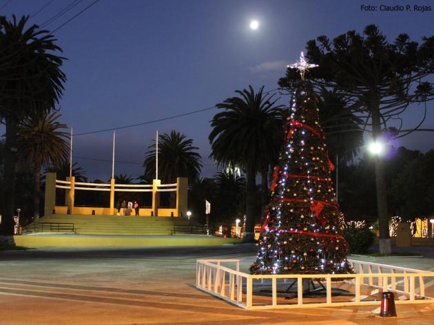 Lebu se pone a tono con motivo de la navidad | Claudio P. Rojas Neira