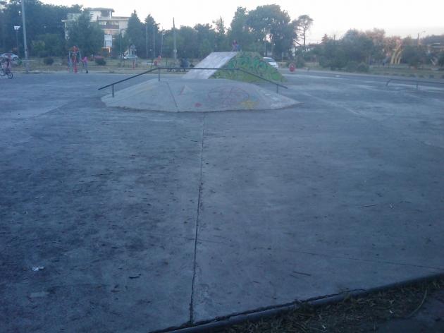 mal estado de parque de skater | francisco alvarez
