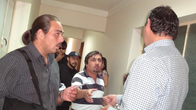 Entrega de Entradas   Jonathan Flores (BBCL)