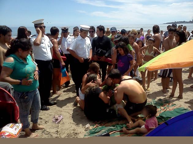 Rescate en Playa Blanca   Jorge Leal