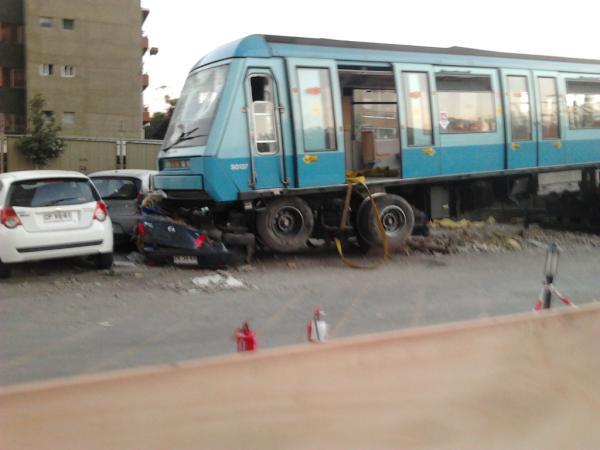 Vagón de tren que aplastó vehículos | Nathaly Álvarez (RBB)