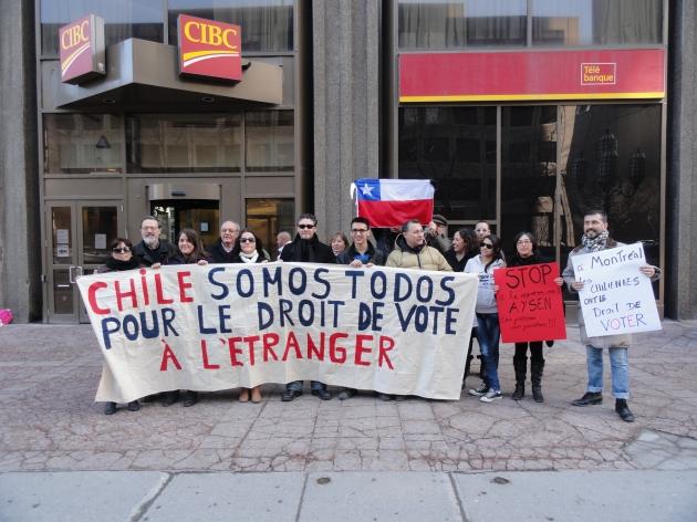 Manifestación por el derecho al voto de las y los chilenos en el exterior | Ximena Cuadra