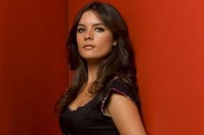 Imagen:Camila Vallejo en Revista Paula