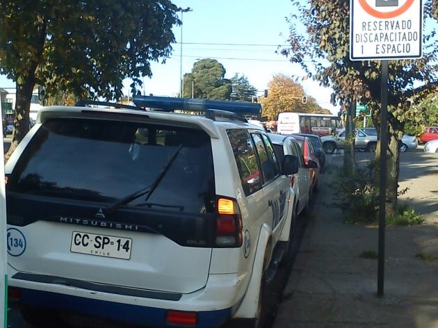 PDI no respeta estacionamiento para discapacitados | Fernanda Contreras
