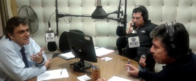 Ministro Longueira en Radio Bío-Bío  Temuco   Andrés Pino (RBB)