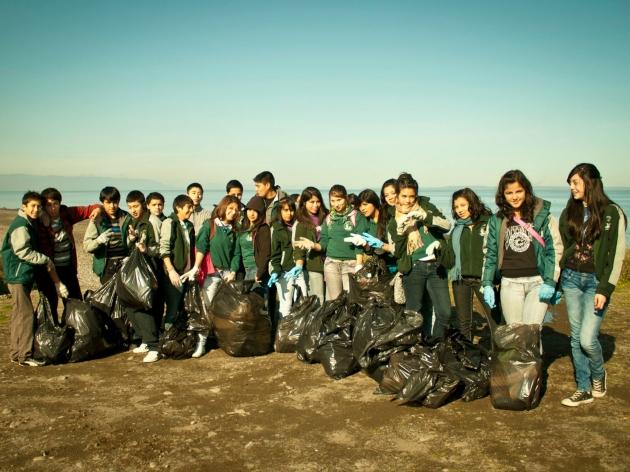 Limpieza de Playa Pelluco Puerto Montt | Jonatan Pérez