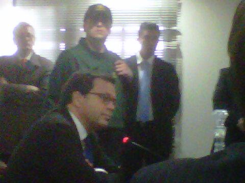 Ministro Hinzpeter durante la toma de declaración | RBB