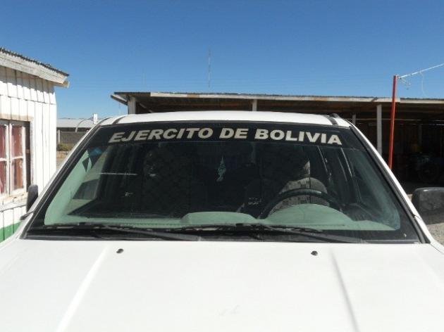 Camioneta del ejercito boliviano