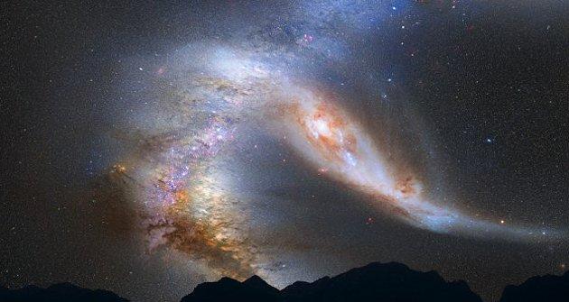Ilustración: Así se verá la Via Láctea (izquierda) y Andrómeda en 4 mil millones de años