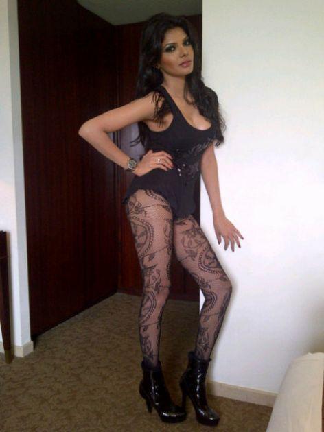 Sherlyn Chopra en Twitter