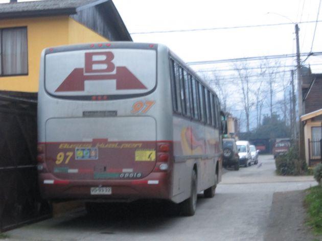 Bus en pasaje de Chiguayante | Marne Bello