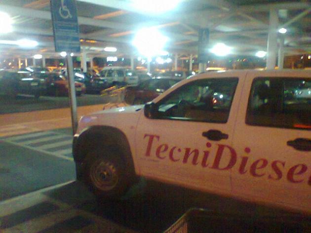 estacionamiento para discapacitados | rodrigo muñoz