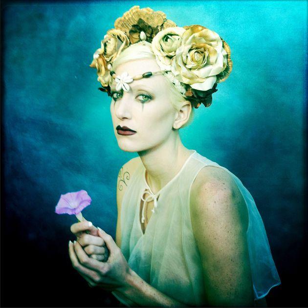 Nicki Flower | Allan Barnes