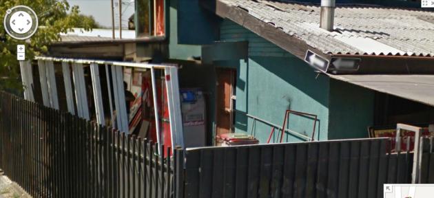 Cajero automático de cartón en casa de Hualpén