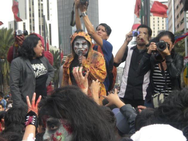 ZombieWalkMX Facebook |  Alexis Dueñas