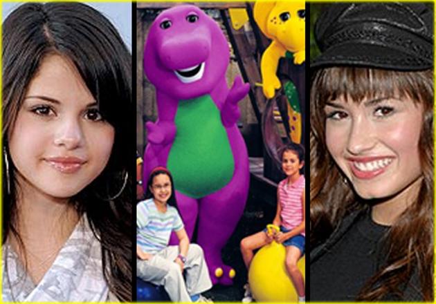Selena y Demi en Barney