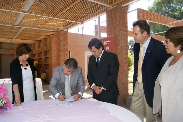Firma del convenio | Mario Castillo (RBB)