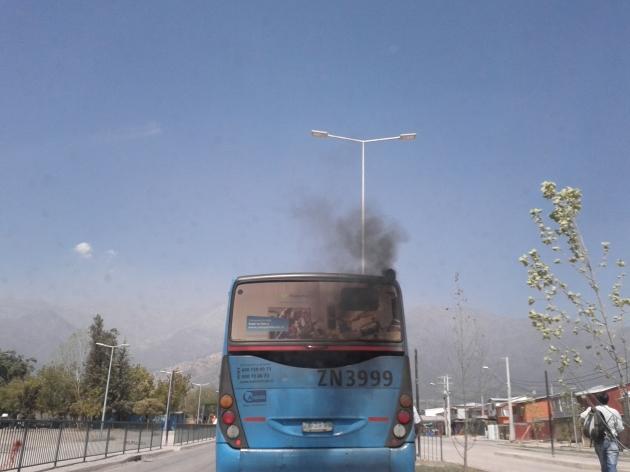 Bus troncal contaminando | mario alfaro