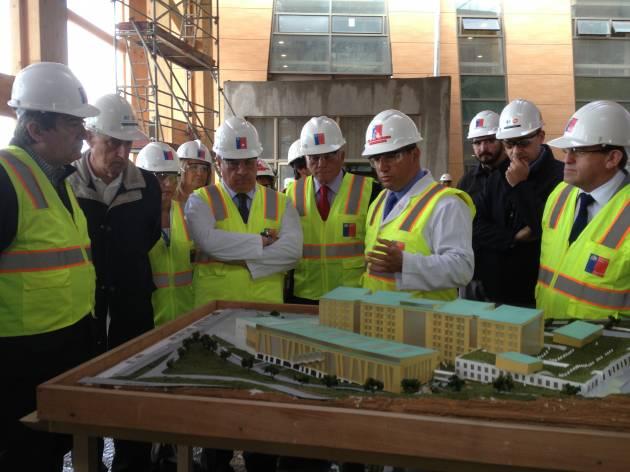Inspección nuevo hospital | Luis Villegas (RBB)