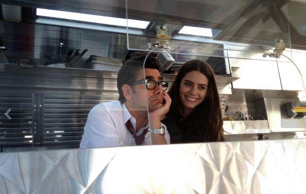 Lorenza con John Stamos | Twitter