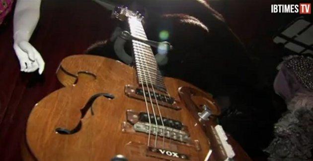 La guitarra | IBTimes TV
