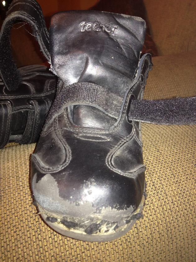 Denuncia zapatos Bata