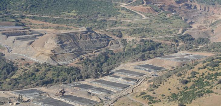 www.cerronegro.cl