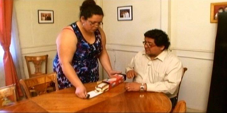 Helen y Víctor antes de su transformación | Canal 13