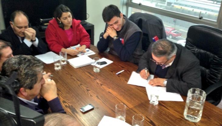 Firma del acuerdo   Gobernación de Concepción
