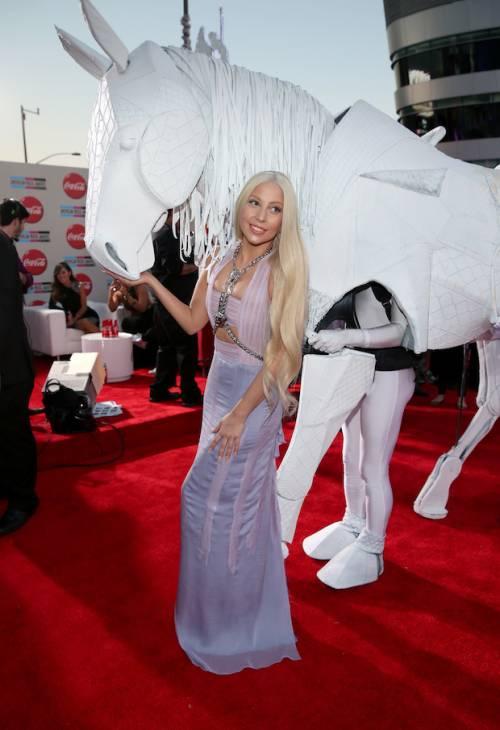 Lady Gaga | theamas.com