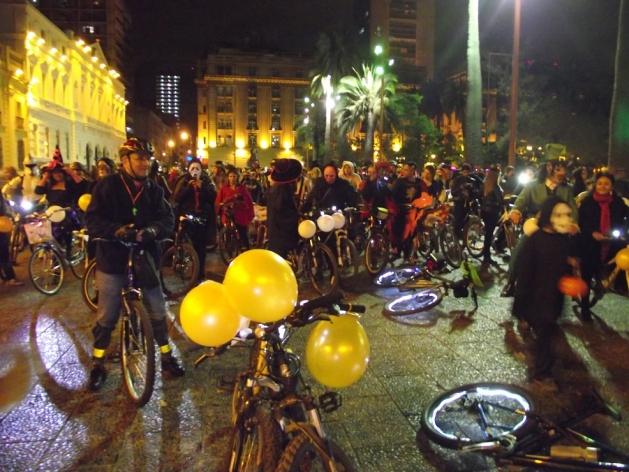 4ta Cicletada de Disfraces Halloween 2013 | RODRIGO GUTIERREZ