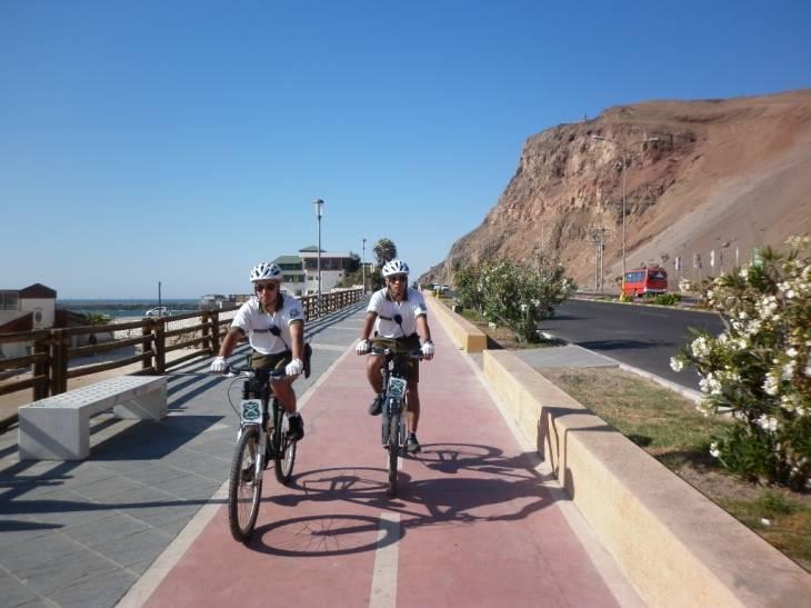 Efectivos por la costanera de Arica | Carabineros