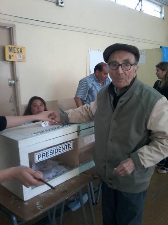 Eduardo Urrutia (c)