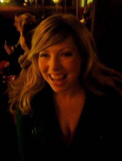 Helen y su peluca 'Candice' | Twitter